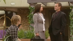 Andrew Robinson, Diana Marshall, Paul Robinson in Neighbours Episode 5962