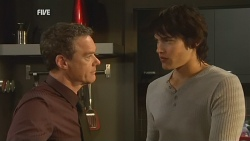 Paul Robinson, Declan Napier in Neighbours Episode 5962