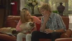 Cat, Natasha Williams, Andrew Robinson in Neighbours Episode 5968
