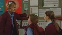 Andrew Robinson, Callum Jones, Sophie Ramsay in Neighbours Episode 5968