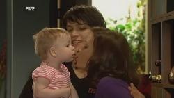 India Napier, Declan Napier, Rebecca Napier in Neighbours Episode 5969