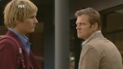 Andrew Robinson, Michael Williams in Neighbours Episode 5969