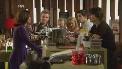 Rebecca Napier, Ringo Brown, India Napier, Donna Freedman, Zeke Kinski, Declan Napier in Neighbours Episode 5969