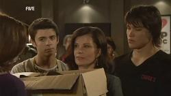 Rebecca Napier, Zeke Kinski, Diana Marshall, Declan Napier in Neighbours Episode 5969