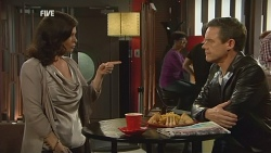Diana Marshall, Paul Robinson in Neighbours Episode 5970