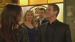 Libby Kennedy, Steph Scully, Toadie Rebecchi, Paul Robinson in Neighbours Episode 5972