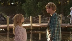 Natasha Williams, Andrew Robinson in Neighbours Episode 5973