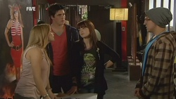 Natasha Williams, Chris Pappas, Summer Hoyland in Neighbours Episode 5973