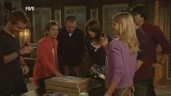 Ringo Brown, Susan Kennedy, Karl Kennedy, Kate Ramsay, Donna Freedman, Zeke Kinski, Declan Napier in Neighbours Episode 5974