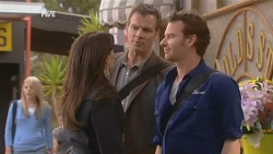 Libby Kennedy, Michael Williams, Lucas Fitzgerald in Neighbours Episode 5974
