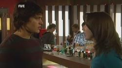 Declan Napier, Kate Ramsay in Neighbours Episode 5974