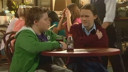 Callum Jones, Sophie Ramsay in Neighbours Episode 5975