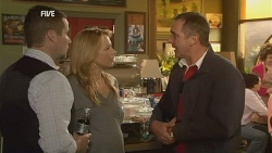 Toadie Rebecchi, Steph Scully, Karl Kennedy in Neighbours Episode 5975