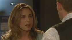 Sonya Mitchell, Toadie Rebecchi in Neighbours Episode 5975
