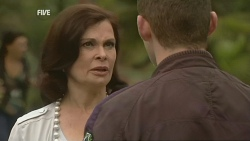 Diana Marshall, Toadie Rebecchi in Neighbours Episode 5976