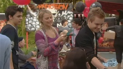 Zeke Kinski, Donna Freedman, Ringo Brown in Neighbours Episode 5976