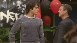Declan Napier, Paul Robinson in Neighbours Episode 5976