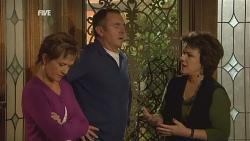 Susan Kennedy, Karl Kennedy, Lyn Scully in Neighbours Episode 5977