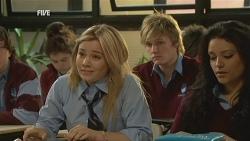 Natasha Williams, Andrew Robinson in Neighbours Episode 5978