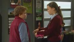Callum Jones, Sophie Ramsay in Neighbours Episode 5978