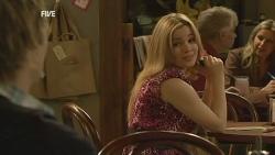 Andrew Robinson, Natasha Williams in Neighbours Episode 5979