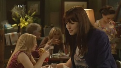 Summer Hoyland in Neighbours Episode 5979