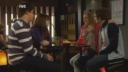 Chris Pappas, Summer Hoyland, Natasha Williams, Kyle Canning in Neighbours Episode 5980