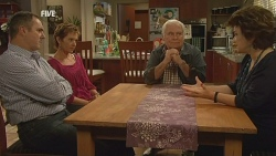 Karl Kennedy, Susan Kennedy, Lou Carpenter, Lyn Scully in Neighbours Episode 5980