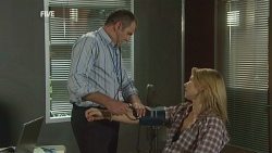 Karl Kennedy, Steph Scully in Neighbours Episode 5981