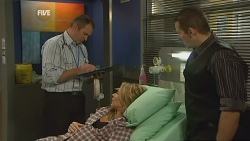 Karl Kennedy, Steph Scully, Toadie Rebecchi in Neighbours Episode 5982