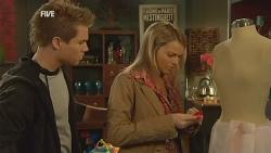Ringo Brown, Donna Freedman in Neighbours Episode 5982