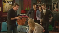 Lucas Fitzgerald, Donna Freedman, Declan Napier, Kate Ramsay, Ringo Brown in Neighbours Episode 5982