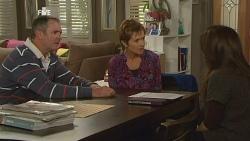 Karl Kennedy, Susan Kennedy, Libby Kennedy in Neighbours Episode 5983