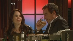 Libby Kennedy, Paul Robinson in Neighbours Episode 5983