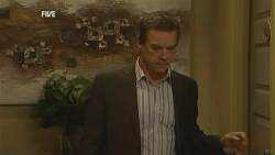 Paul Robinson in Neighbours Episode 5983