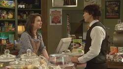 Kate Ramsay, Declan Napier in Neighbours Episode 5985