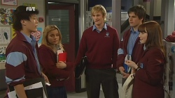 "Dale ""Macca"" McGregor, Natasha Williams, Andrew Robinson, Chris Pappas, Summer Hoyland in Neighbours Episode 5986"