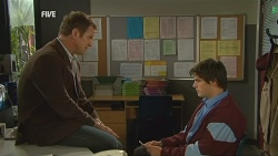 Michael Williams, Chris Pappas in Neighbours Episode 5987