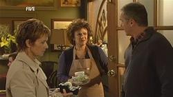 Susan Kennedy, Lyn Scully, Karl Kennedy in Neighbours Episode 5988