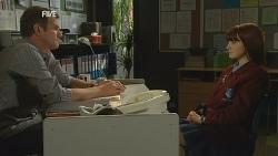 Michael Williams, Summer Hoyland in Neighbours Episode 5988