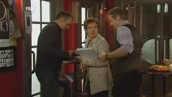 Karl Kennedy, Susan Kennedy, Toadie Rebecchi in Neighbours Episode 5988