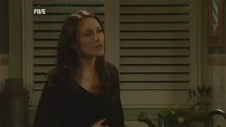 Libby Kennedy in Neighbours Episode 5988