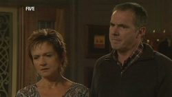 Susan Kennedy, Karl Kennedy in Neighbours Episode 5988
