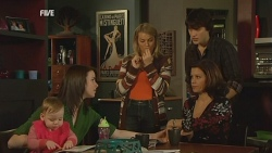 India Napier, Kate Ramsay, Donna Freedman, Declan Napier, Rebecca Napier in Neighbours Episode 5989