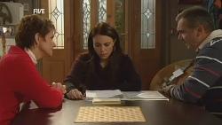 Susan Kennedy, Libby Kennedy, Karl Kennedy in Neighbours Episode 5989