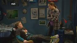 Callum Jones, Sophie Ramsay in Neighbours Episode 5989