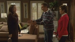 Libby Kennedy, Karl Kennedy, Susan Kennedy in Neighbours Episode 5989