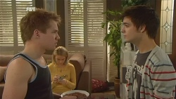 Ringo Brown, Donna Freedman, Zeke Kinski in Neighbours Episode 5990