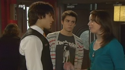 Declan Napier, Zeke Kinski, Kate Ramsay in Neighbours Episode 5990