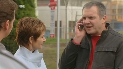 Lucas Fitzgerald, Susan Kennedy, Karl Kennedy in Neighbours Episode 5991